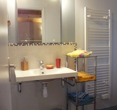 Salle d'eau de chambre d'hôte